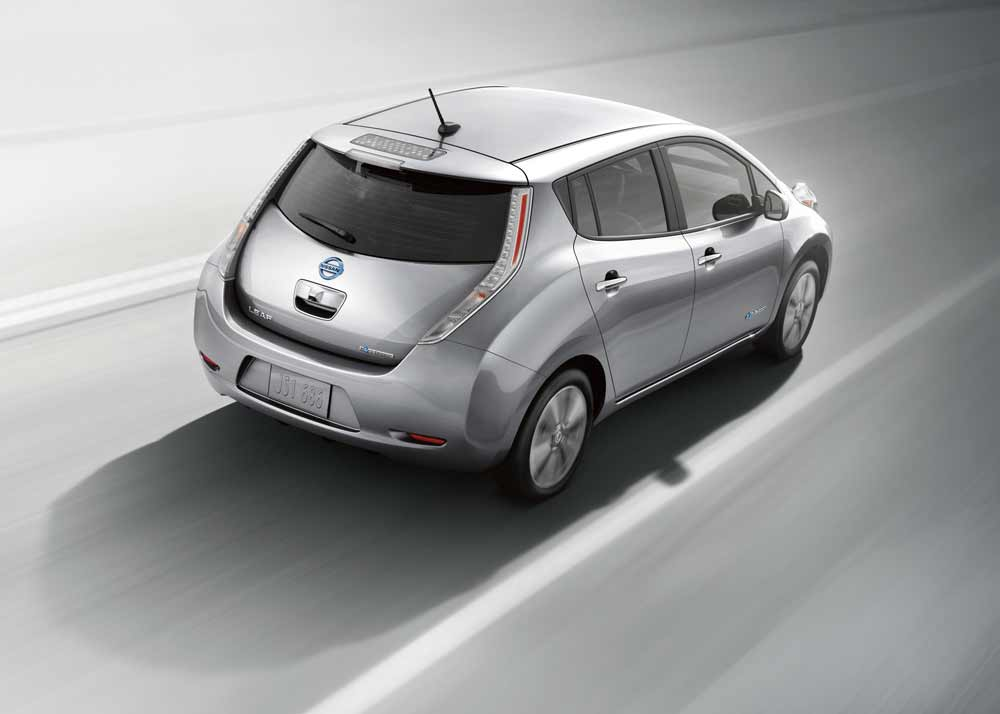 Nissan LEAF - Group Buy presented by Smart Charge America